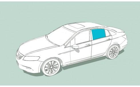 Боковое стекло левое BMW 7 (E65)